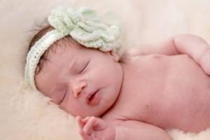 宝宝头围多少算大宝宝头偏大的控制方法是什么